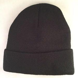 dac65a4011c Fortnite Accessories - Fortnite Black knit skull cap